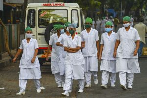 Maharashtra seeks Kerala's help to fight Coronavirus, requests for 50 doctors, 100 nurses as cases cross 50k