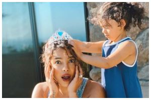 Priyanka Chopra Jonas finds new makeup artist, gets princess makeover from niece