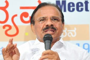 'I come under exemption': Union Minister DV Sadananda Gowda on skipping quarantine in Bengaluru