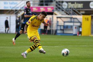 Bundesliga: Jadon Sancho's hat-trick helps Borussia Dortmund thrash Paderborn