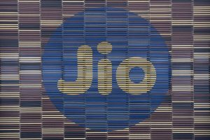 Jio to capture 48% market share by FY25: Bernstein