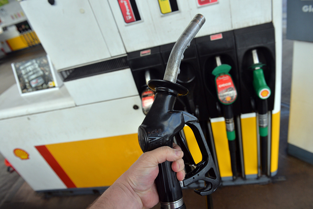 Indian Fuel Prices Go Up - TNILIVE Business Bulletin