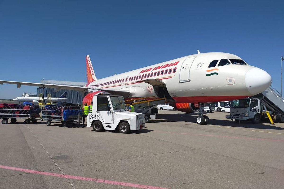 India coronavirus: US curbs 'unfair' Air India repatriation flights