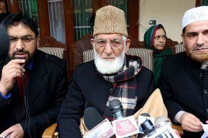 Separatist leader Syed Ali Shah Geelani quits Hurriyat Conference, accuses platform of 'conspiring' against him