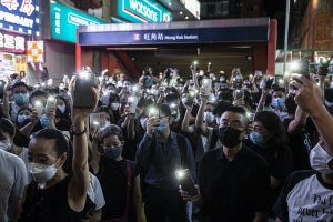 Hong Kong police arrests dozens of anti-government protesters