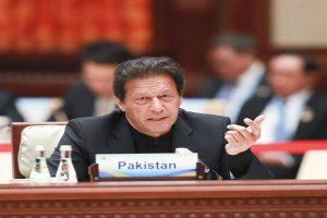Imran Khan vows tough stance toward violators of COVID-19 measures
