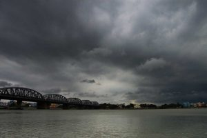Monsoons to arrive today; wet weekend ahead