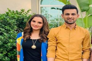 Shoaib Malik to meet Sania and kid before joining team in England