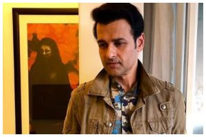 Rohit Roy launches clothing line amidst lockdown