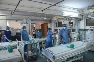 Delhi govt cancels leaves of hospitals' staff amid rise in Coronavirus cases