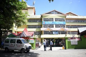 IGMC sealed, 73 medicos quarantined after accidental of COVID positive