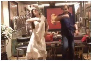 Watch   Sara Ali Khan dances her heart out on 'Saat Samundar Paar' at wedding reception