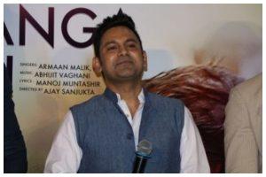 Credit to lyricist not a favour, it is our right: 'Teri mitti' writer Manoj Muntashir