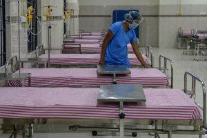 L-G makes 5-day institutional quarantine mandatory in national capital; Delhi govt warns of 'serious harm'