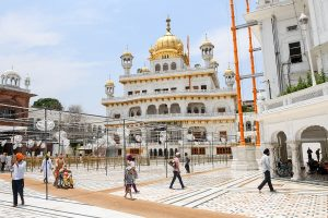 Places of worship to open from Monday; no physical offerings, touching of idols allowed, says Govt