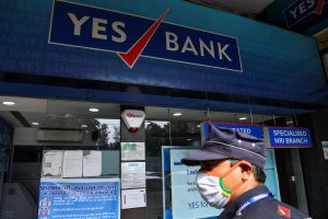 Yes Bank hits 10 pc lower circuit as FPO shares begin trading