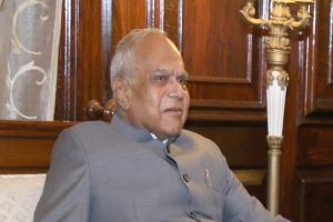 TN Governor Banwarilal Purohit isolates himself after 3 more staffers at Raj Bhavan test COVID-19 positive