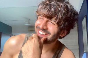 Kartik Aaryan tests Covid negative, says 'vanvaas khatam'