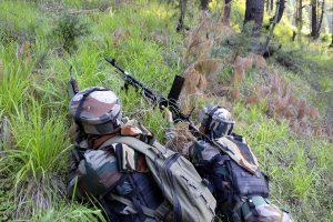 Pak soldier killed in firing along Afghan border