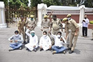 Congress leaders in UP staged dharna at Raj Bhavan, whisked away by police