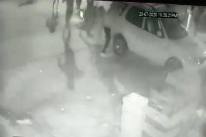UP journalist shot in head in front of daughters dies; Opposition slams 'goondaraj'