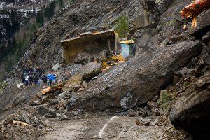 96 dead in landslide at Myanmar jade mine; many reportedly missing