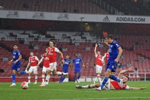 Premier League: Leicester City's awful return continues, held by 10-man Arsenal