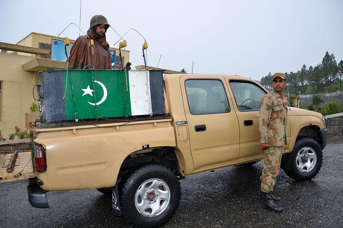 Pakistan, Afghanistan, Taliban