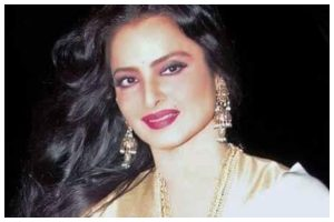 COVID-19: Veteran actress Rekha's Mumbai bungalow sealed after her security guard tests positive