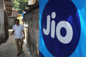 TRAI loses more than 82 lakh wireless subscribers in April; Jio emerges as sole winner