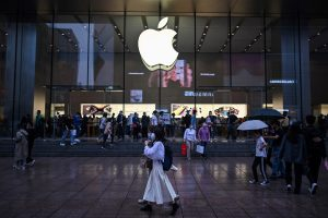 Apple's China ops at risk, govt to plug existing loopholes