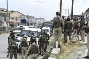 2 policemen martyred, one injured in Kashmir terror attack