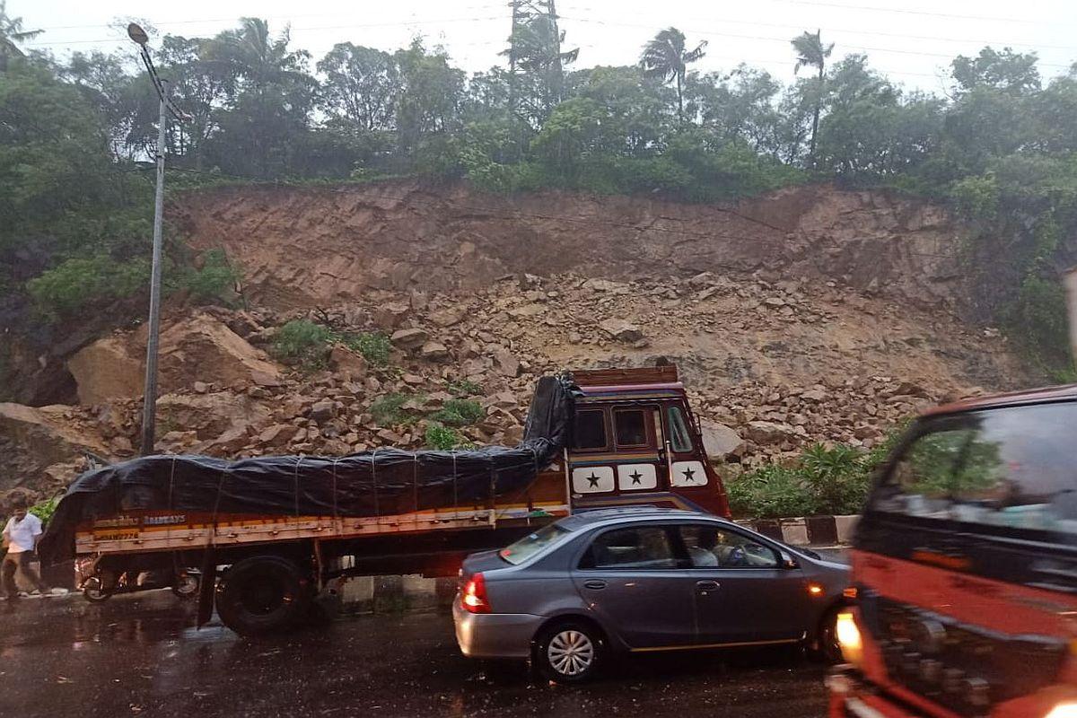 Maharashtra, Narendra Modi, Uddhav Thackeray, Mumbai, heavy rain
