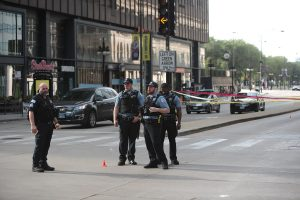 Over 100 arrested after police shooting spurs riots, looting in Chicago