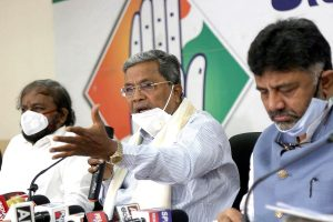 Congress' Siddaramaiah tests positive for Coronavirus, in same hospital as CM Yediyurappa