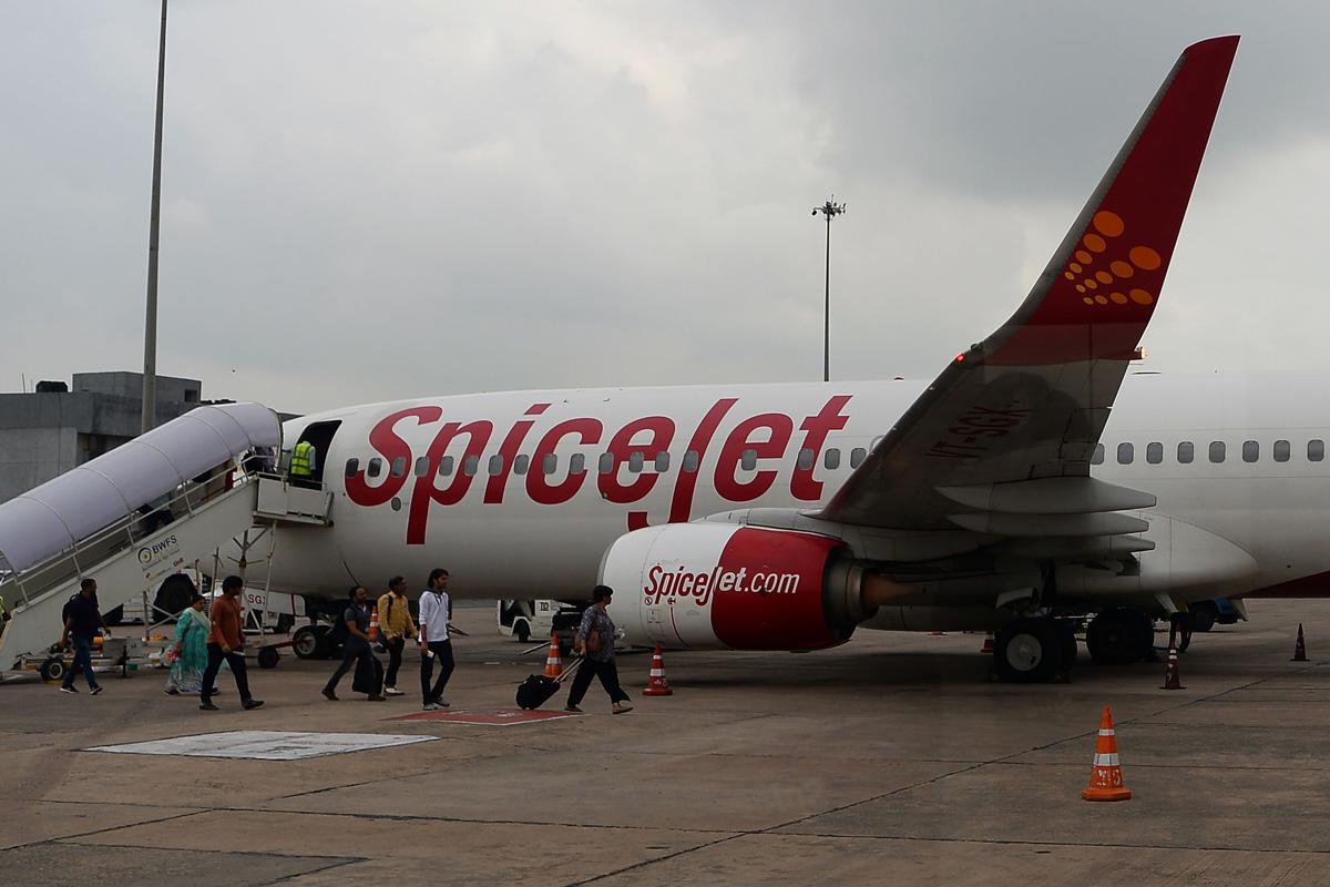 SpiceJet, London Heathrow Airport, coronavirus