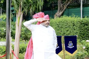 Amit Shah unfurls National Flag at his residence, greets nation on occasion of Independence Day