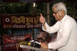 Veteran leader of CPI-M, Shyamal Chakraborty, dies due to Covid-19