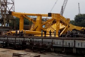 11 killed as crane collapses at Hindustan Shipyard in Visakhapatnam; many feared trapped