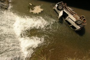 3 feared dead as car falls into canal in Ghaziabad