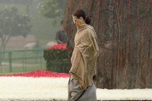 Sonia Gandhi to remain Congress President for now; party to search for new chief within 6 months