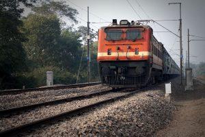 Railways sticks to zero fatality claim as NITI Aayog doubts data