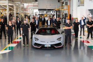 Lamborghini creates record with its 10,000th Aventador