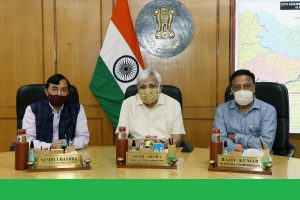ECI formally welcomes Election Commissioner Rajiv Kumar