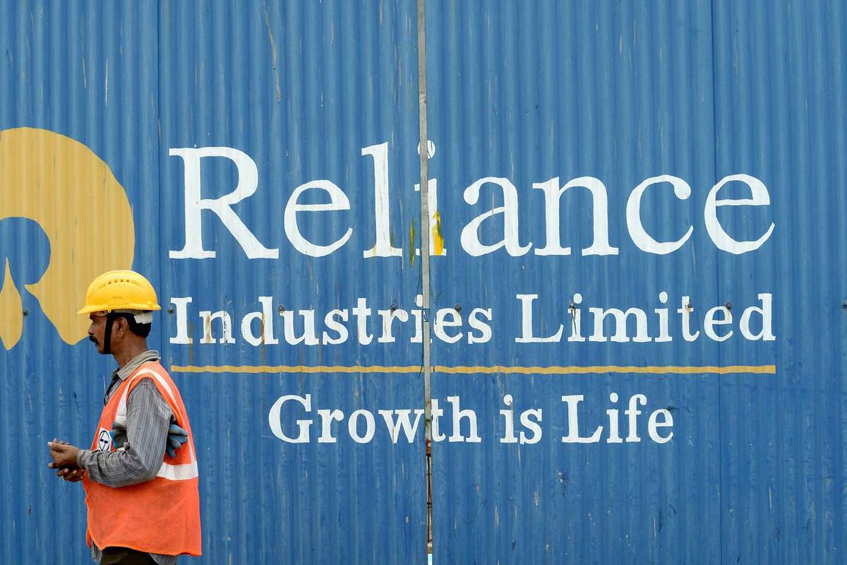Reliance Industries, Amazon, Reliance Retail