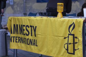 Amnesty International halts India operation after government freezes its bank accounts