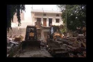Ex-MP Ateeq Ahmad's Rs 30cr property demolished in Prayagraj