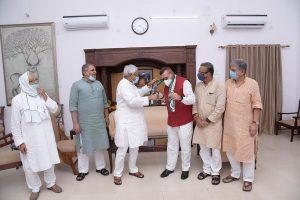 Former Bihar DGP Gupteshwar Pandey joins Nitish Kumar's JD(U) ahead of elections