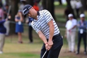 Golfer DeChambeau clinches US Open title