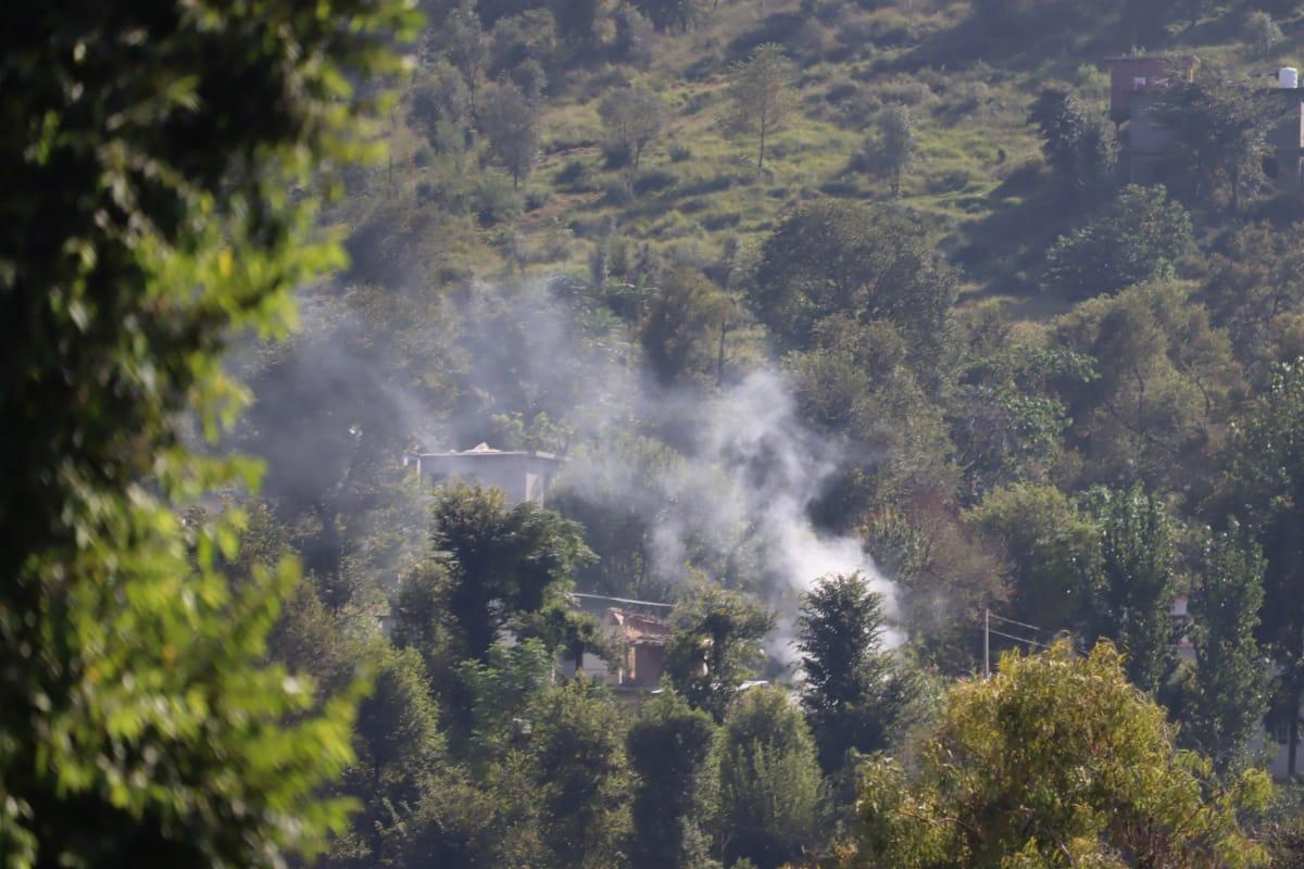 Pakistan violates ceasefire in J&K's Kupwara, two soldiers killed, four injured